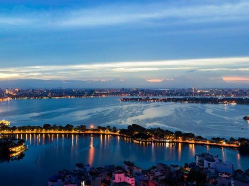 West Lake, Ханой